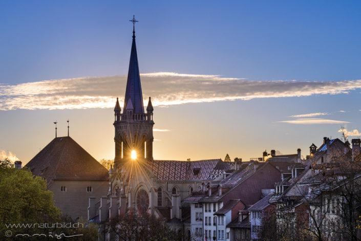 Bern Kirche Sonne