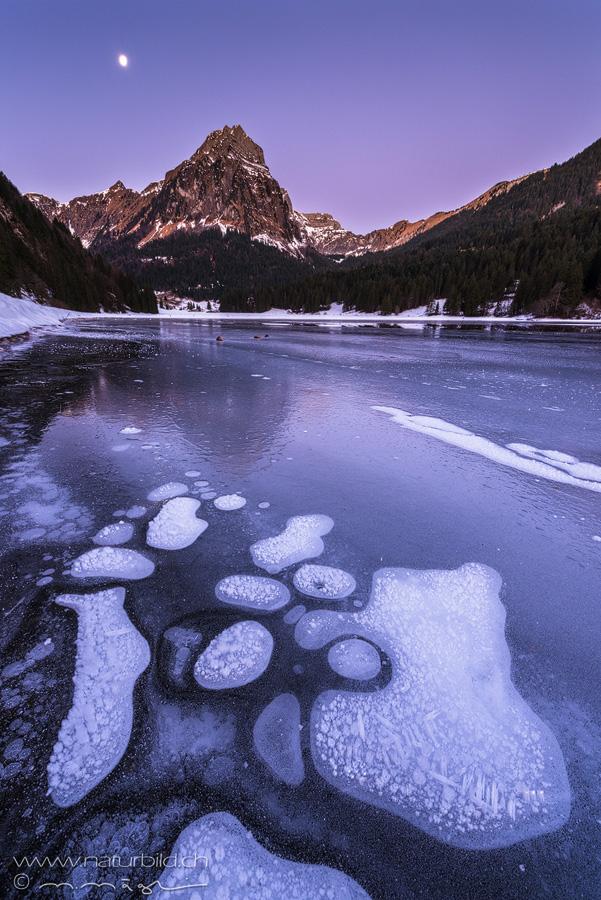 Glarus Obersee Eis