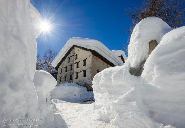 Tessin Val Bedretto Winter