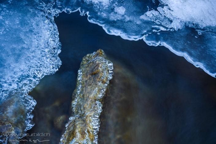 Eisschmelze Stein Details