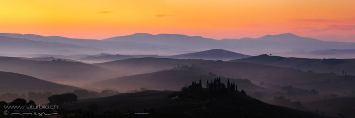 Panorama Toskana Huegel Abendstimmung