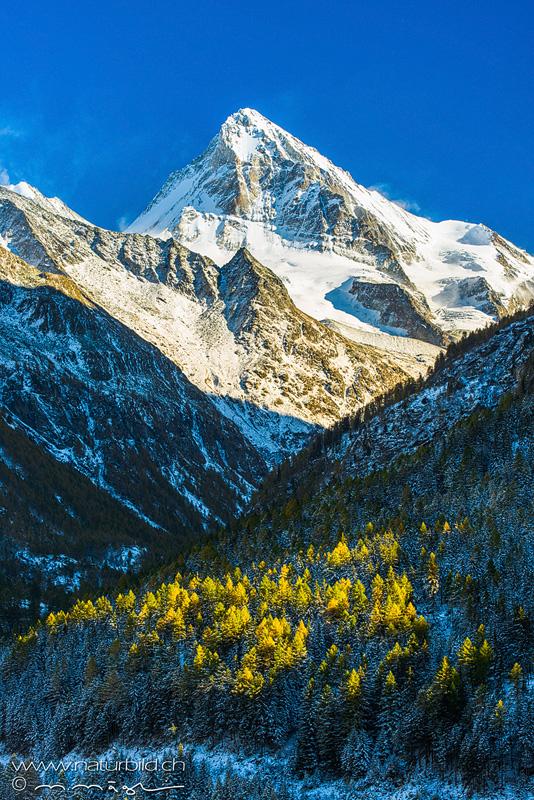 Arollatal Gipfel Herbstschnee