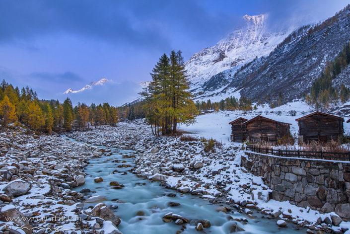 Loetschental Winter Bach