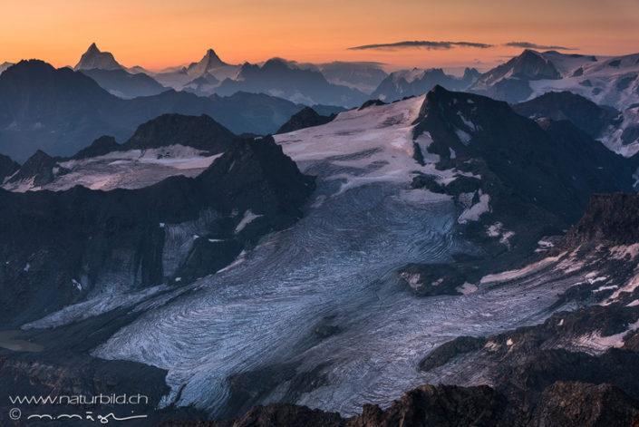 Montfort Gletscher Abendrot