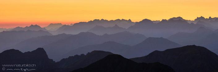 Panoramafoto Abendrot Brienzer Rothornkette