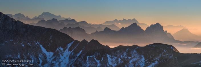 Panorama Kaiseregg Bergkaemme