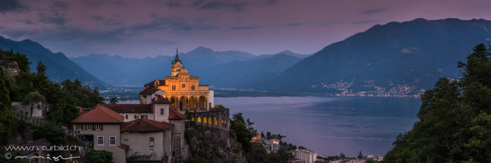 Panorama Locarno Kirche beleuchtet See