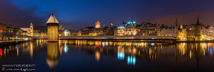 Panorama Luzern Kapellbruecke Nacht