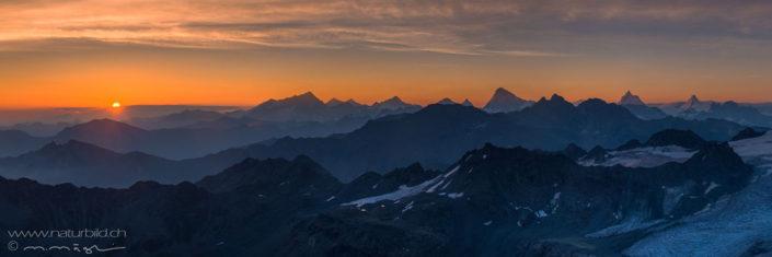 Bergpanorama Schweiz Sonnenuntergang