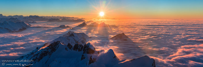 Panorama Saentis Sonnenuntergang über Nebelmeer