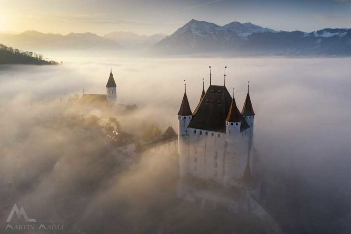 Schloss Thun Berner Oberland